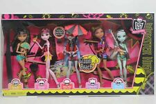 Monster High Gloom Beach Set 5 Pack Ghoulia Draculaura Clawdeen Frankie Stein