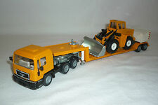 """ SIKU "" MODEL - MAN - LOW LOADER WITH CONSTRUCTION MACHINE - 3912"