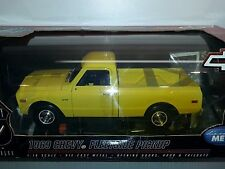 1/18 HIGHWAY 61 COLLECTIBLES 1969 CHEVROLET FLEETSIDE PICKUP YELLOW gd