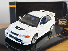 IXO MITSUBISHI LANCER EVO VI 1999 WHITE CAR MODEL MOC146 1:43