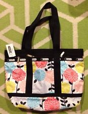 NWT Lesportsac Garden Mum Medium Travel Tote with pouch New Flower Floral Dahlia