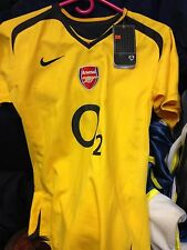 ARSENAL AWAY 2005/7 SHIRT IN  med BOYS 0 2 SPONSER AT £12 BRAND NEW