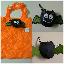 "Ganz REUSABLE TRICK OR TREAT BAG 15"" x 15"" Green Bat Folds to 4""x 4"" With Clip"