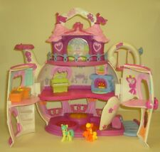 MY LITTLE PONY PONYVILLE TEAPOT PALACE WITH 2 PONIES
