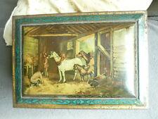 Boite en fer  XIXème avec miroir - décor sur le thème de la vie a la ferme