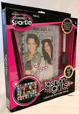 Cra-z-Art Shimmer n Sparkle Fashion Lights Light-Up Picture Frame