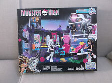 MONSTER HIGH MEGA BLOKS CREEPATERIA CAFETERRORIA 280 PCS CLEO DE NILE & FRANKIE