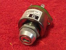 CESSNA A-510-9 AIRCRAFT IGNITION SWITCH P/N C292501-0107 NO KEY