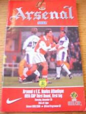 25/11/1999 Arsenal v Nantes [UEFA Cup] . No obvious faults, unless description p