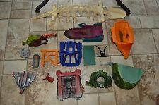 Parts weapons accessories lot Masters of the Universe he-man pieces