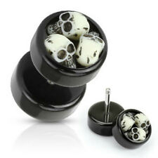 2 X Black Acrylic Fake Plug with Three Embedded SkullsTapers