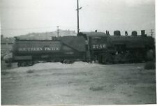 6A738 RP 1955 SOUTHERN PACIFIC RAILROAD ENGINE #2746 TAYLOR YARD STORED