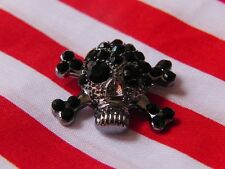 5 x gorgeous rhinestone, pirate style, skull and crossbone buttons