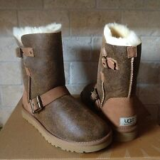 UGG DYLYN DYLAN CHESTNUT BOMBER SUEDE SHEEPSKIN BUCKLE BOOTS US 8 WOMENS 1001202