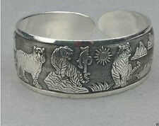 Tiger Cute Carved Tibet Silver Bangle Bracelet Jewelry