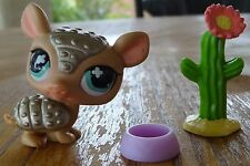 Littlest Pet Shop LPS Lot Armadillo #638 Bronze Tan Aqua Blue Eyes Cactus Bowl