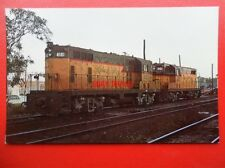 POSTCARD WABASH VALLEY RAILROADS UNIT NO 4101 & 4102