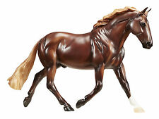 New Breyer Traditional Best of British Breeds Irish Draft (scale 1:9)