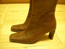 EUC Womens No Boundaries Rectangle Heel Brown Boots 7.5 M Made in China