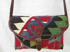 Beau sac à main en  cuir et laine 100% TBEG  bag vintage