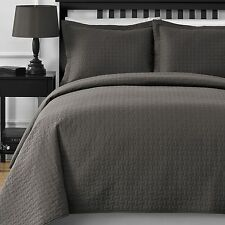 Modern Wireless Quilted Thermal Pressing 3-Piece Coverlet Set