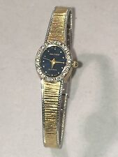 VINTAGE WALTHAM WOMENS TWO TONE QUARTZ WRIST DIAMOND WATCH (A-401)