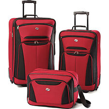 American Tourister Fieldbrook II Three-Piece Luggage Set (Red/Black)