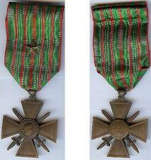 Médailles en variantes - Croix de guerre 1914/1915 avec 1 citation d'époque