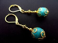 A PAIR GOLD PLATED  DANGLY  TURQUOISE BEAD LEVERBACK HOOK EARRINGS. NEW.