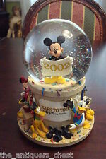 2002 Ears To You Snowglobe  Exclusively for the Walt Disney World theme parks[a6