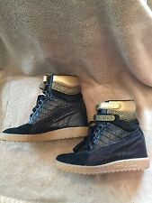 Puma Women Sky Wedge GC Fashion Sneaker,Black/Team Gold,7 B US ! Slightly Used