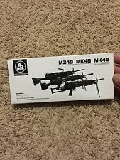 1/6 Arms-Rack Modern US Military M249 Light Machine Gun  Black Color