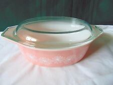 VTG Pyrex Pink Daisy Oval 1 1/2 Qt. Casserole Dish With Lid