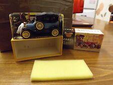 RARE VINTAGE 9013 CORGI CLASSICS 1915 FORD MODEL T IN ORIGINAL BOX.