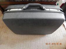 """Vintage 1987 Black Samsonite 4    Pull behind with key   24"""" Luggage Hard Case"""