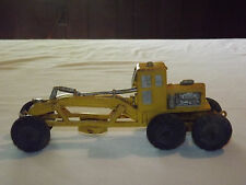 VINTAGE USA TOY AUBURN RUBBER TRACTOR CONSTRUCTION GRADER TRUCK