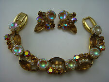 JULIANA WHITE & GOLDEN IRIDESCENT MOLDED STONE FIVE 5 LINK BRACELET EARRING SET