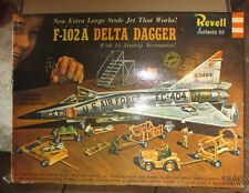 VINTAGE [1958] REVELL F-102A DELTA DAGGER W  ACCESSORIES + XTRA DECAL