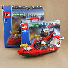 Lego City 7043 World City Police and Rescue Firefighter with instruction