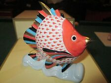 HEREND  Tropical Fish on Wave  Rusty fishnet,  MINT Condition in Box !!