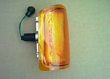 PRC9306 Land Rover Discovery 1 Front Right Hand Indicator Lamp Assy Lens