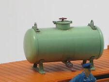 "11370 - Ladegut ""Tank / Kessel grün mit Füßen"" - Handarbeit - Spur II"