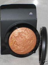 "NIB MAC MINERALIZE SKINFINISH ""GOLD DEPOSIT"""
