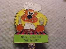 Lions Club Pins MISSOURI DIST.26A-1  MAPLEWOOD MO LARGE LION IN A CHIEF HAT PIN
