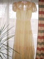 VINTAGE ANTIQUE BRIDE WEDDING DRESS GOWN FRENCH LACE DAISY PATTERN PUFF SLEEVES