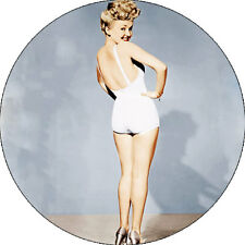 IMAN/MAGNET BETTY GRABLE . pin up marilyn monroe bettie page hollywood diana dor
