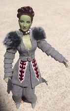 Tonner WIZARD of OZ WITCH DOLL in WINKIE GUARD Ensemble w/ Hat, Staff+ Stand