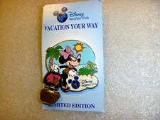 Disney Pins Disney Vacation Club - Vacation Your Way 2012 - Minnie Mouse