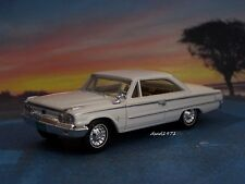 1963 63 1/2 FORD GALAXIE 500 FASTBACK COUPE COLLECTIBLE 1/64 SCALE MODEL DIORAMA