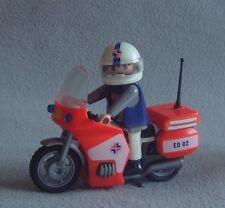Playmobil ambulancier figure sur une moto 3924 très bon état
